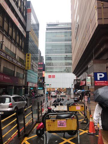 台北のユニクロ