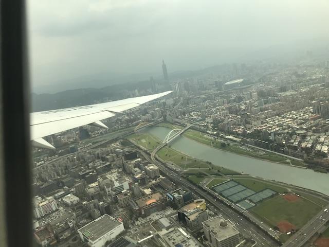 飛行機から見る台北市内