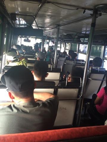 バギオへ帰るバスの車内