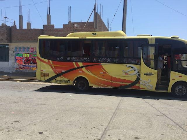 チカマからトルヒーヨへのバス