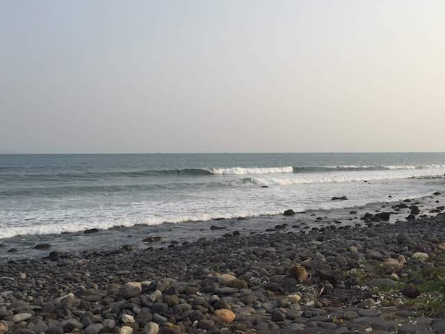 夕方のcimajaの波