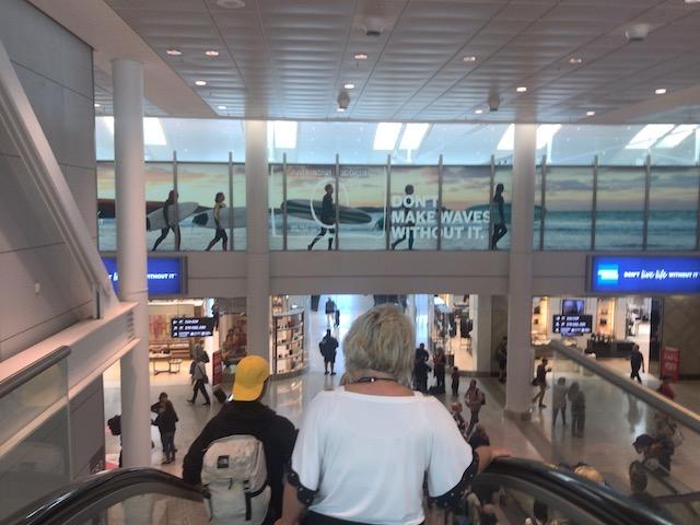 エア・カナダ トロント空港での乗り継ぎ