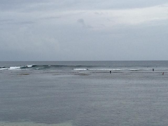 雨季のスランガンの波